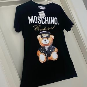 Moschino T shirt  never worn still in tag  Size S